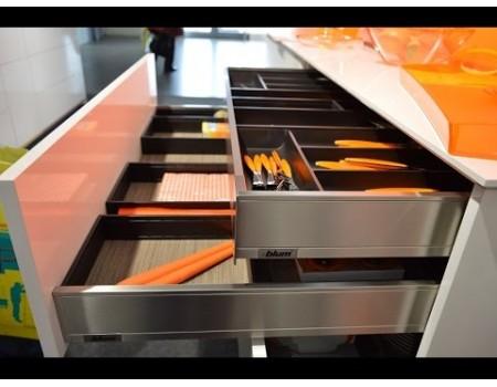 LEGRABOX pure M - стандартный 90.5мм внутренний. Выбрать глубину и цвет царг.